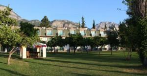 batont-garden-resort-kemer-garden