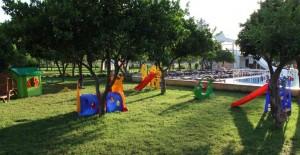 batont-garden-resort-kemer-kids